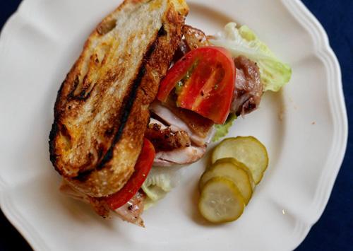 花生醬烤雞三明治